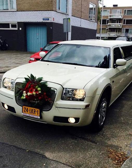 Huur uw limo met bloemen nu bij limoparty
